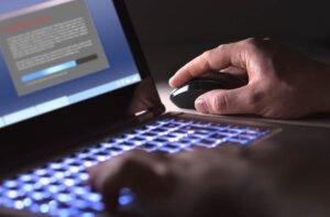Pirataria de software nas empresas